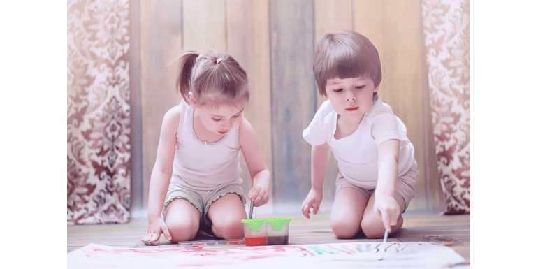 Jak urządzić wspólny pokój chłopca i dziewczynki?